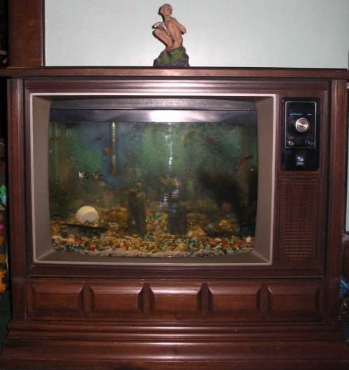Upcycle old TV